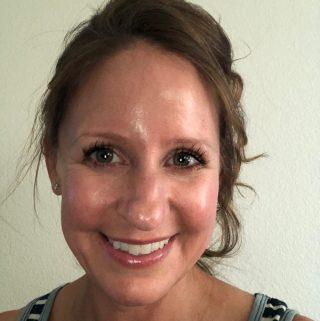 Danielle Wolter Headshot