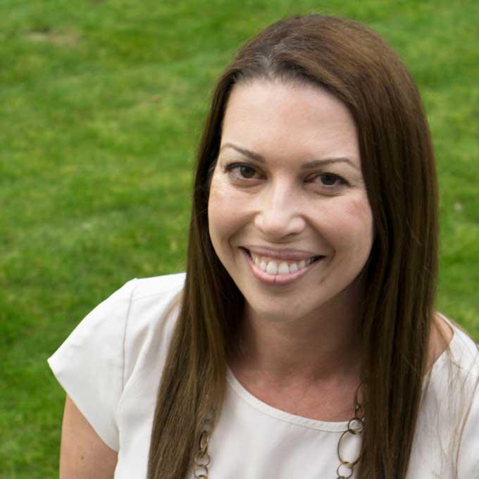 Melissa Riker Headshot